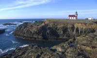 Lighthouse on the Rocks in lighthouse photo gallery
