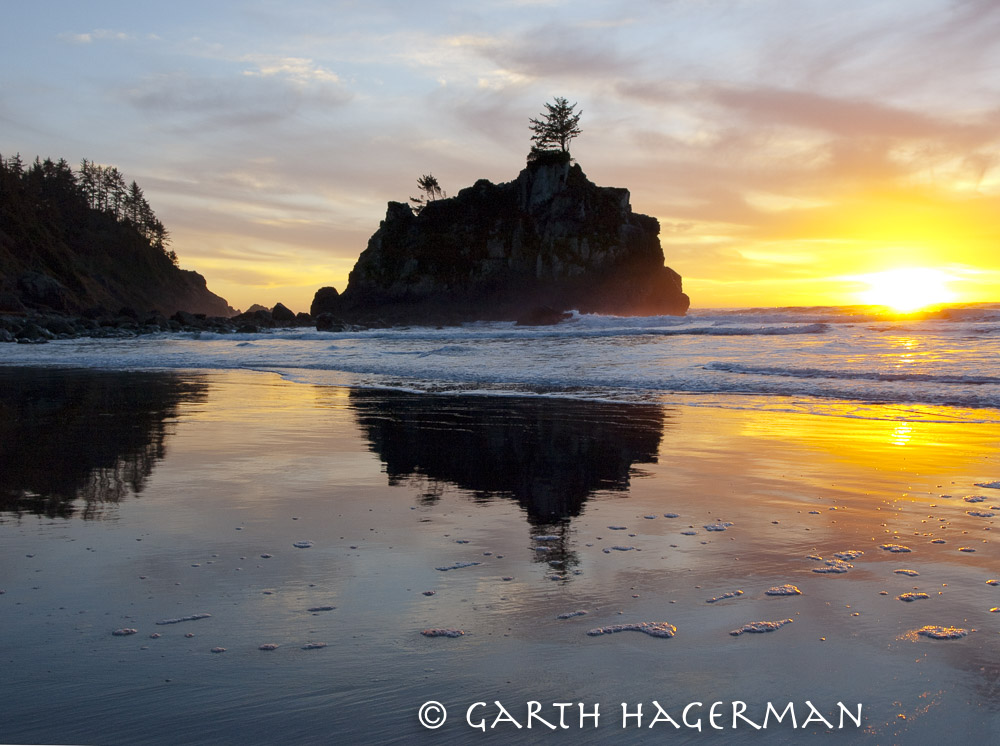 Hidden Beach Sunset on Garth Hagerman Photo/Graphics