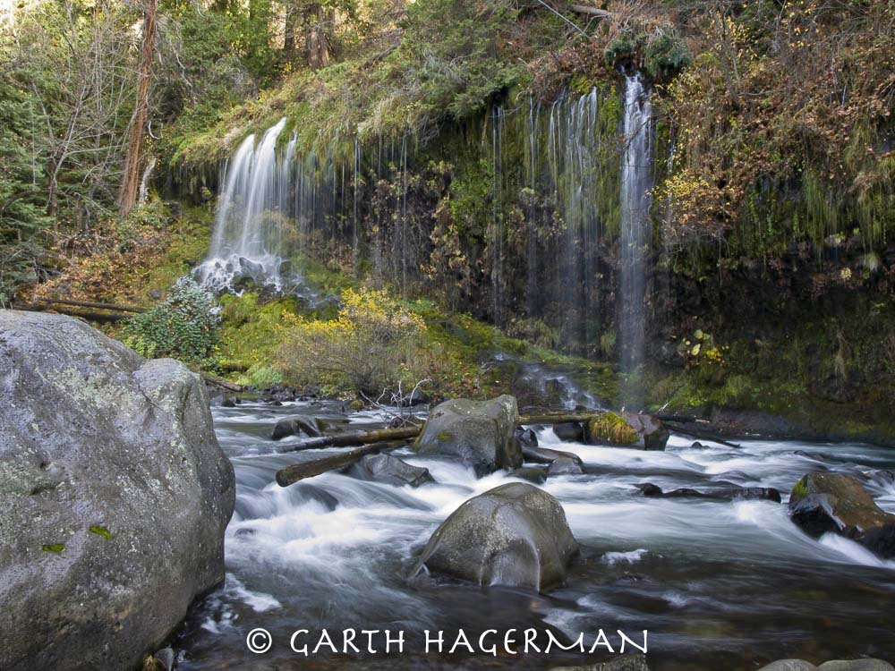 Mossbrae Rocks on Garth Hagerman Photo/Graphics
