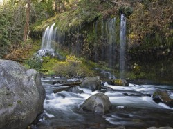 Mossbrae Rocks in creeks and rivers photo gallery